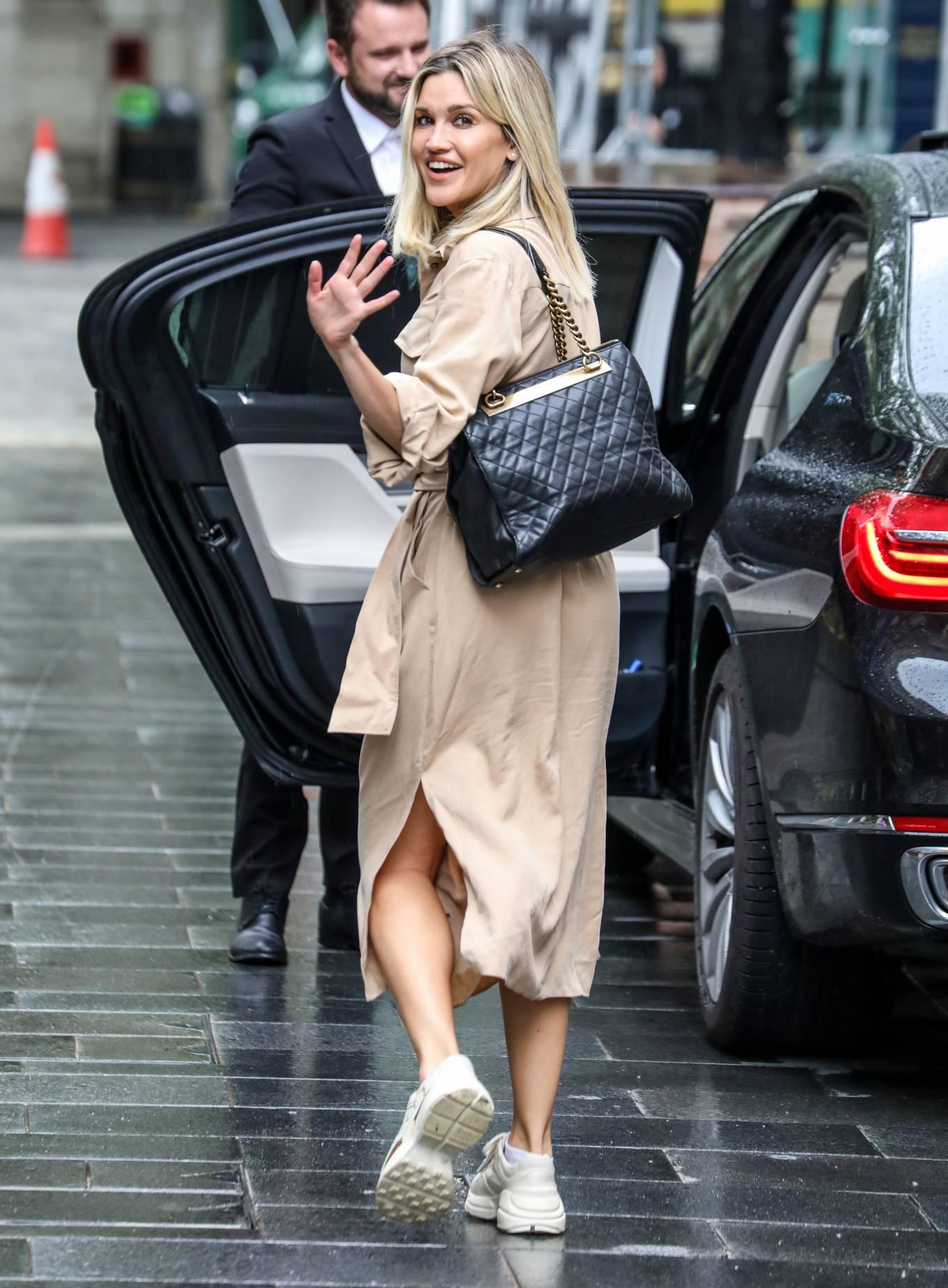 Ashley Roberts 2020 : Ashley Roberts – Leaves Global Radio Radio Studios in London-21