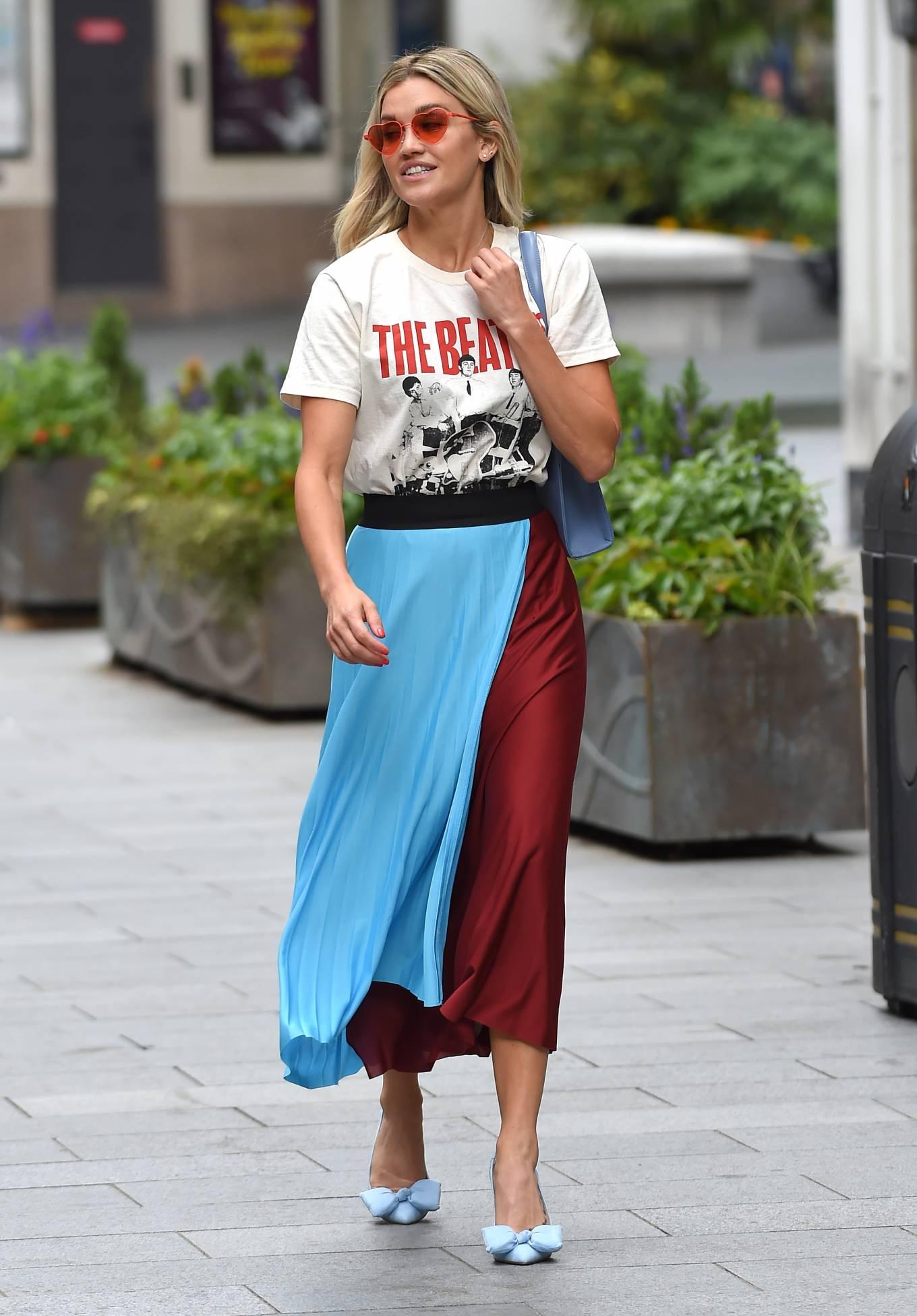 Ashley Roberts 2020 : Ashley Roberts – Leaving Heart Radio in London-01