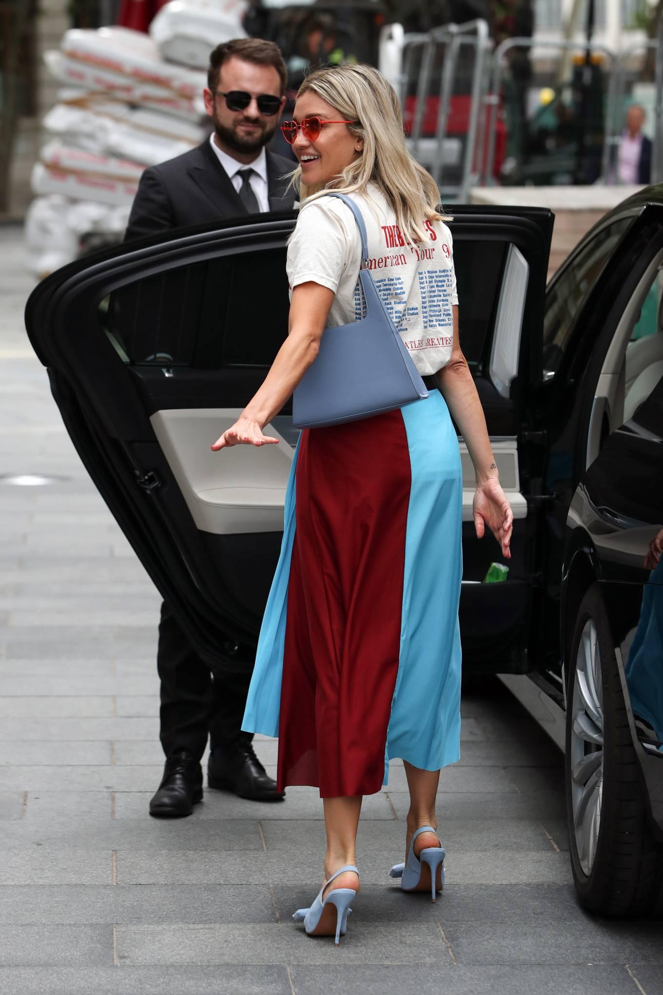 Ashley Roberts 2020 : Ashley Roberts – Leaving Heart Radio in London-06