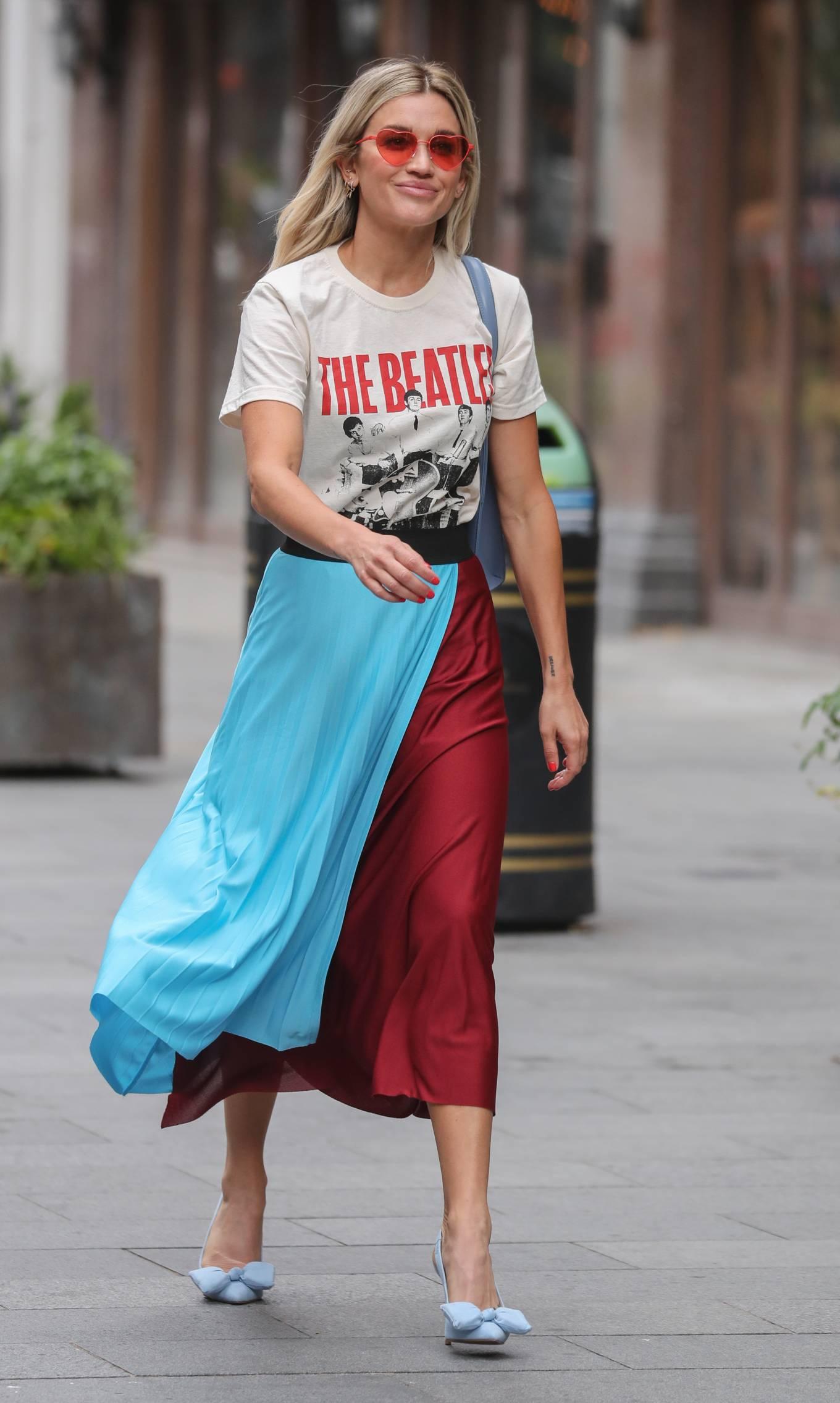 Ashley Roberts 2020 : Ashley Roberts – Leaving Heart Radio in London-12