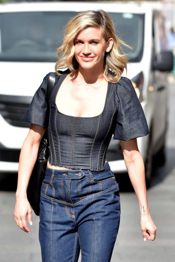 Ashley Roberts - Leaving Heart Radio studios in London