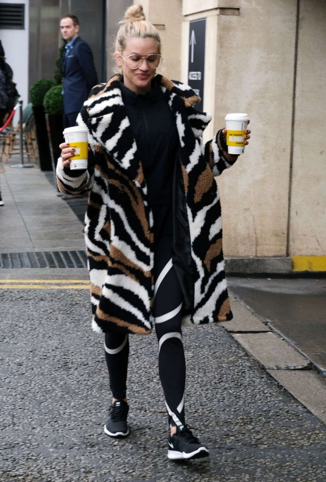 Ashley Roberts – Leaving her hotel in Birmingham