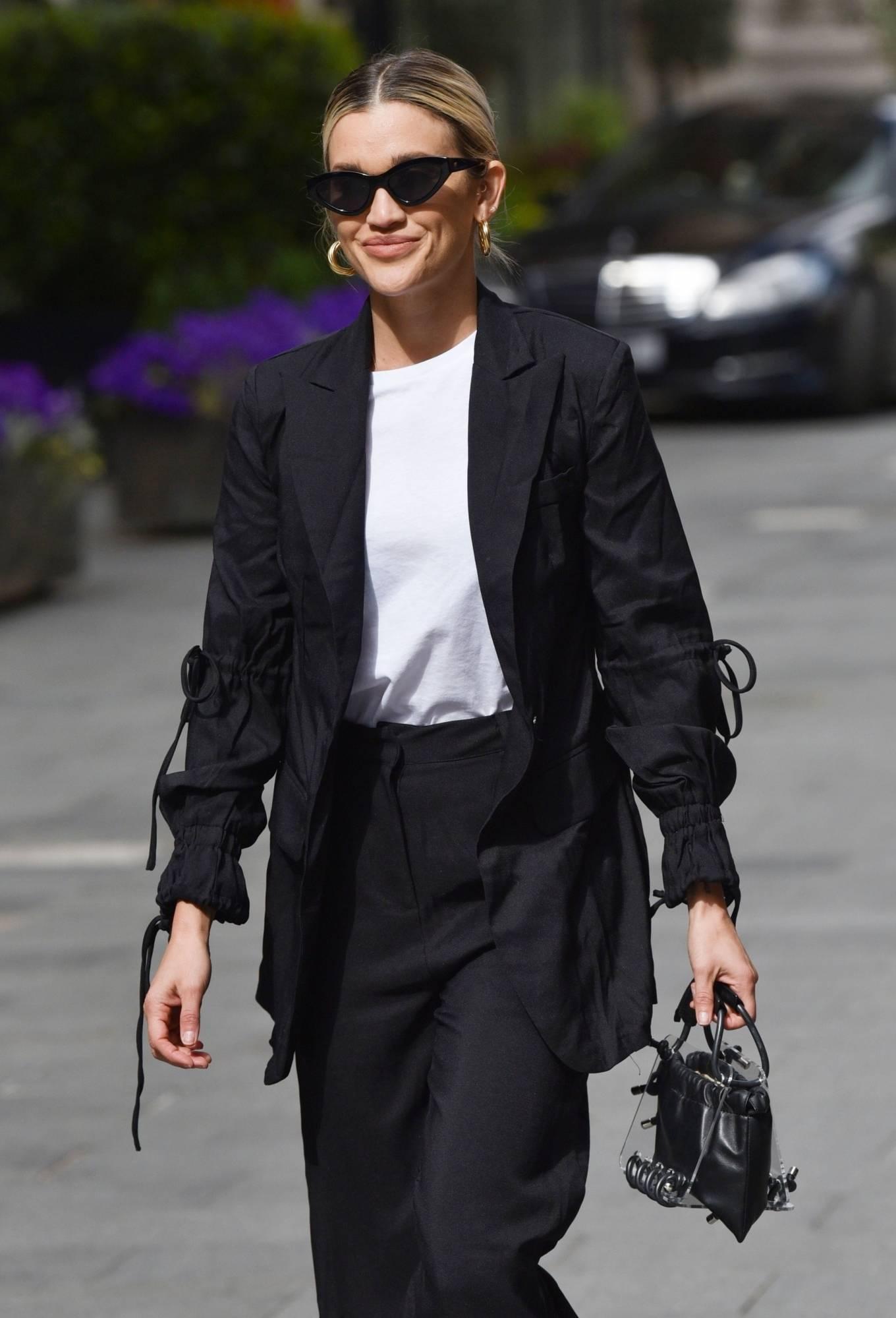 Ashley Roberts - Leaving the Global studios in London