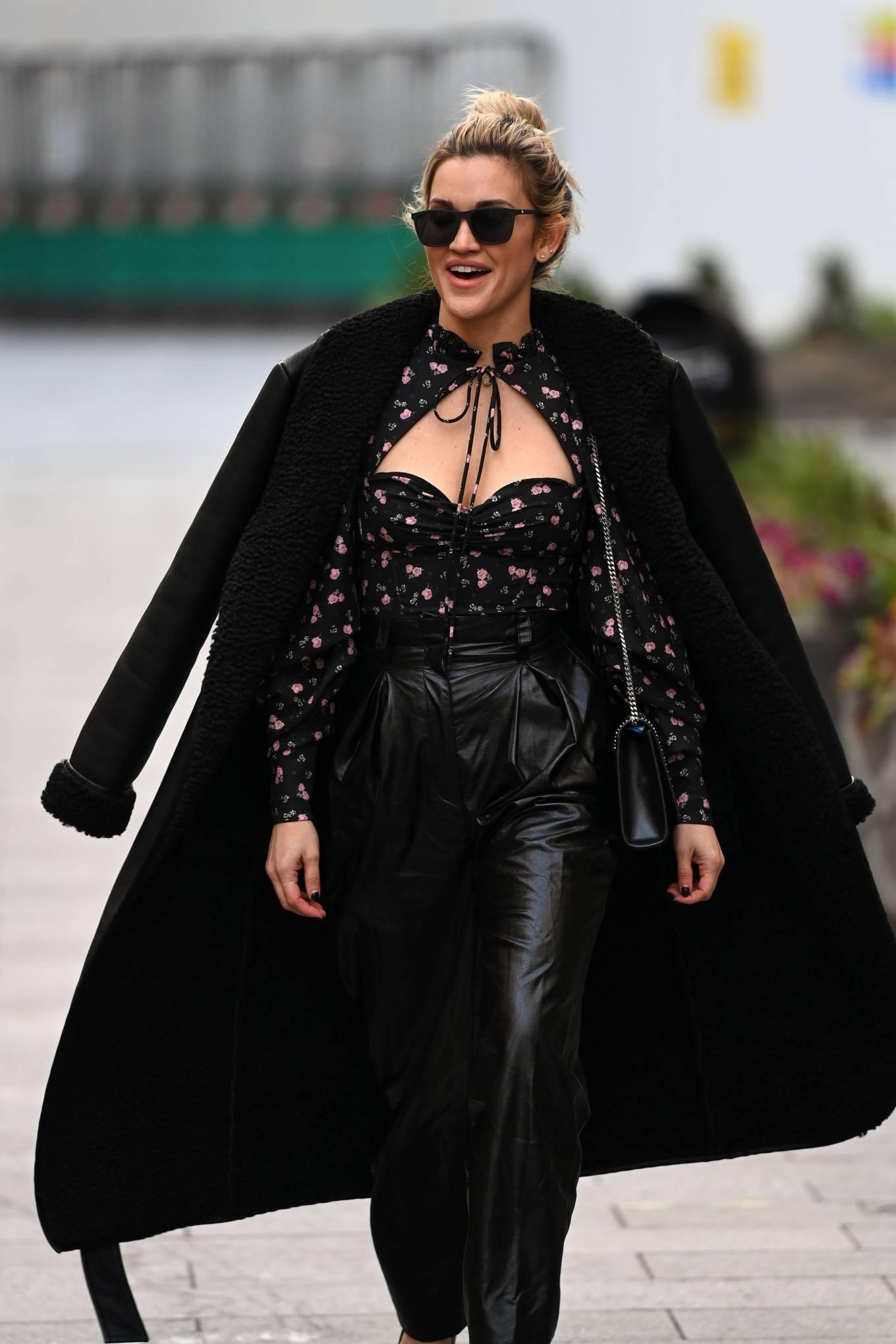 Ashley Roberts 2020 : Ashley Roberts – Looks chic leaving the Global Radio Studios in London-03