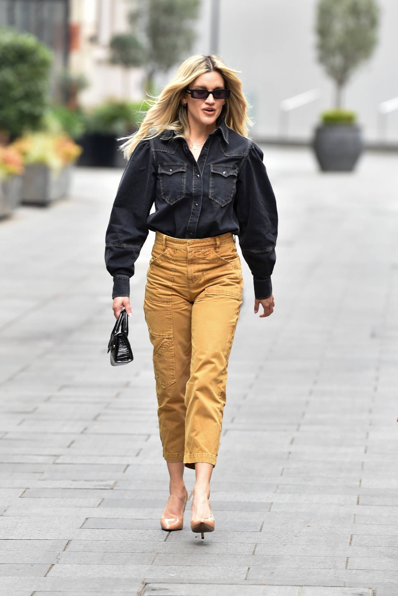 Ashley Roberts - Pictured after the Heart Radio Breakfast show