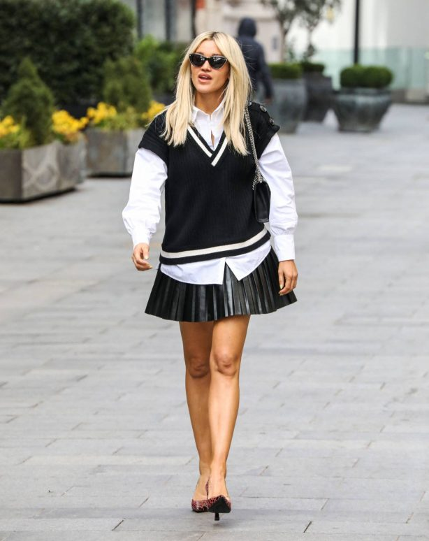 Ashley Roberts - Seen after her Heart FM show in London