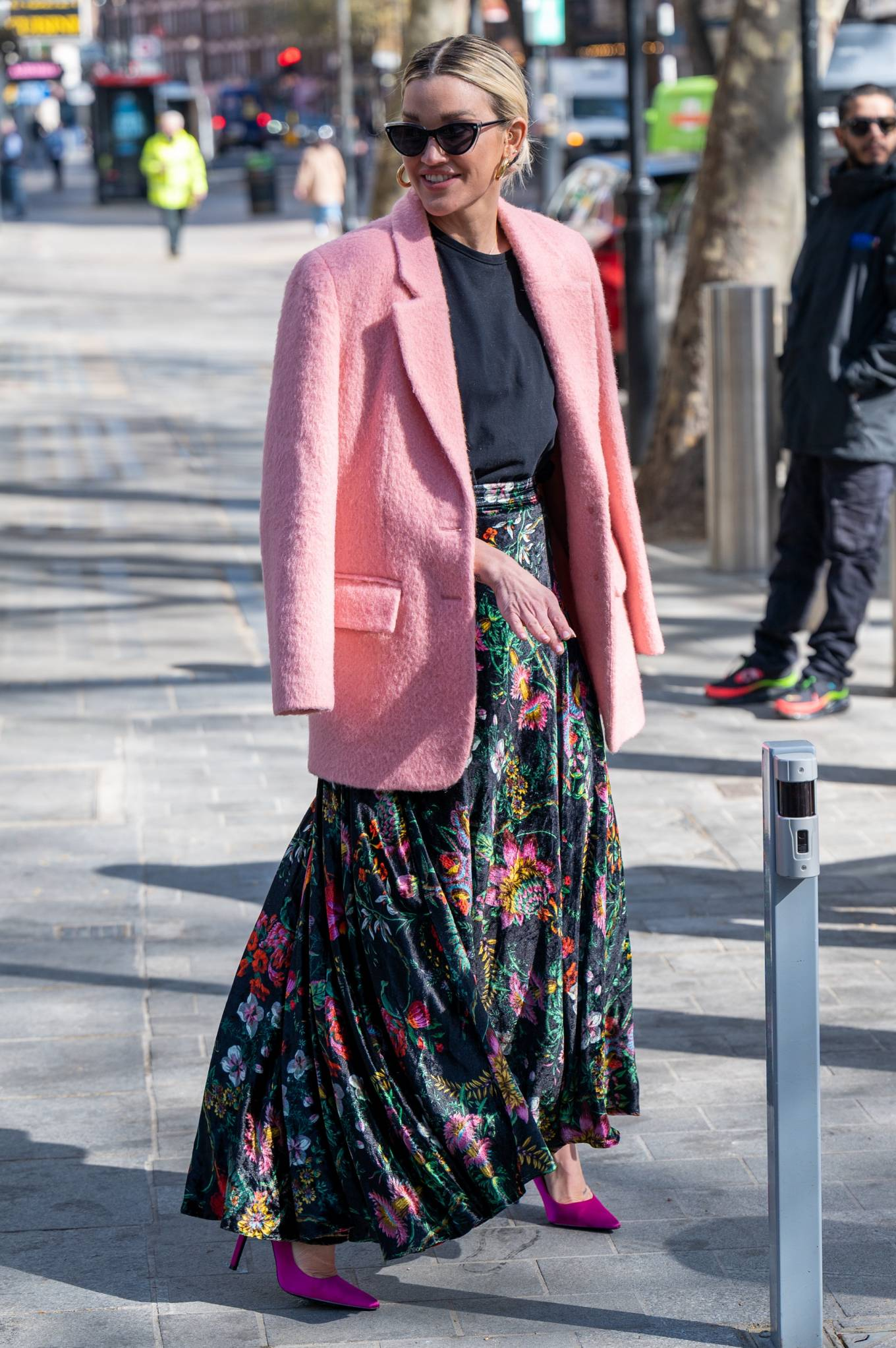 Ashley Roberts 2021 : Ashley Roberts – Seen after the Heart Radio Breakfast Show in London-09