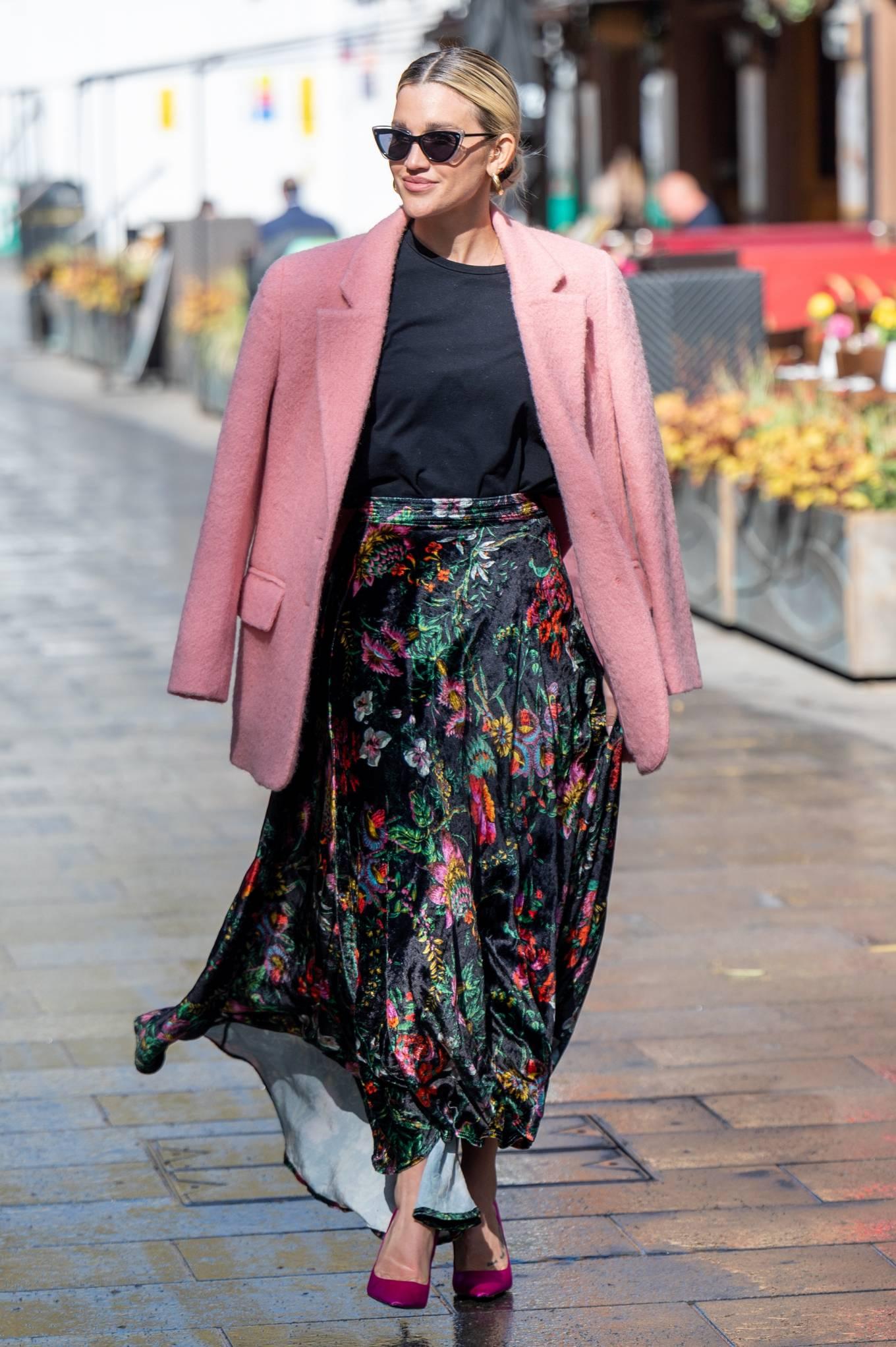 Ashley Roberts 2021 : Ashley Roberts – Seen after the Heart Radio Breakfast Show in London-11
