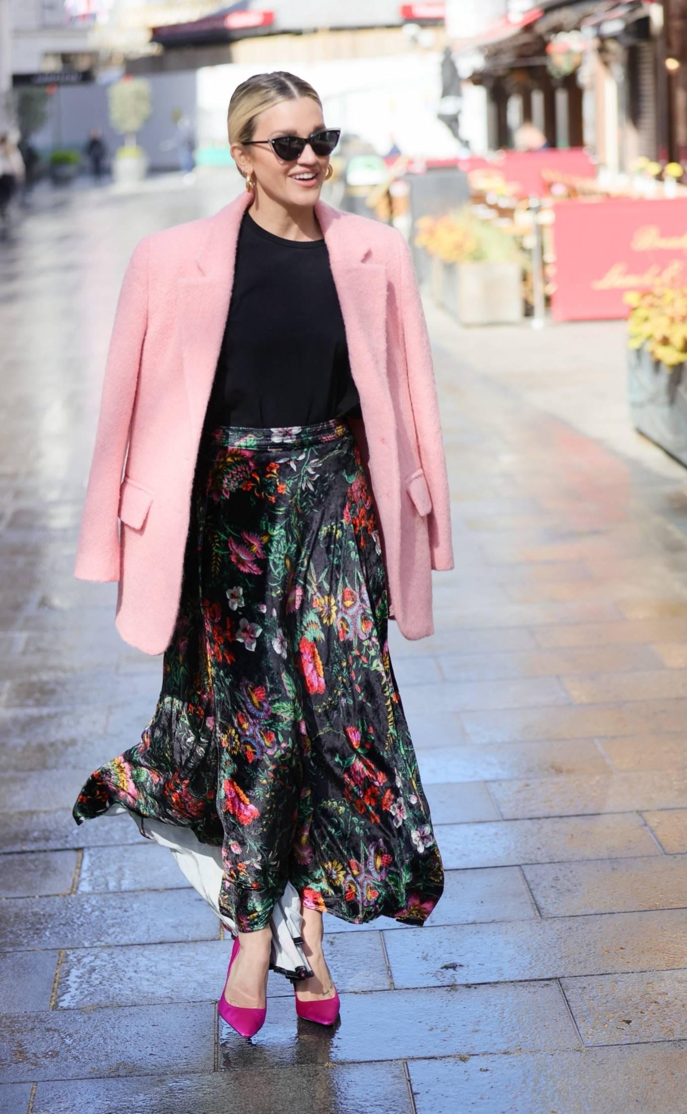 Ashley Roberts 2021 : Ashley Roberts – Seen after the Heart Radio Breakfast Show in London-19