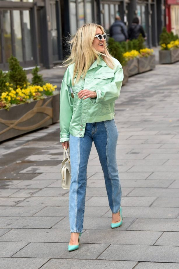 Ashley Roberts - seen after the Heart Radio Breakfast Show in London