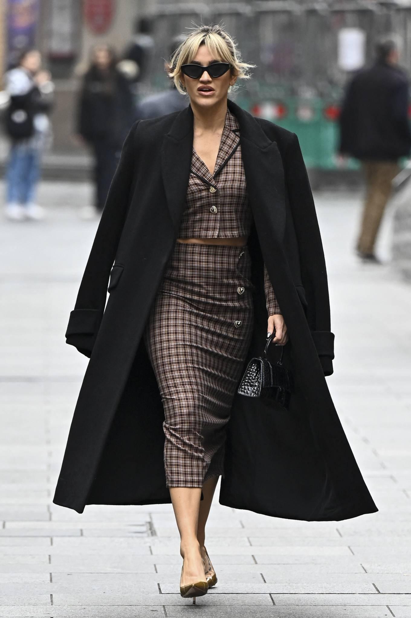 Ashley Roberts 2020 : Ashley Roberts – Seen leaving Global Studios in London-06