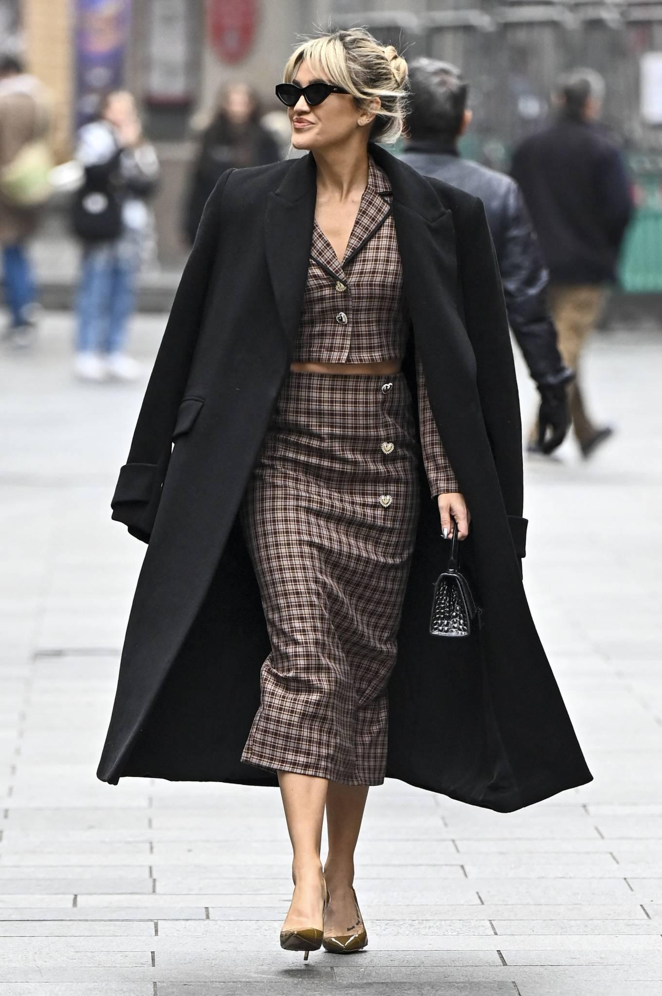 Ashley Roberts 2020 : Ashley Roberts – Seen leaving Global Studios in London-07