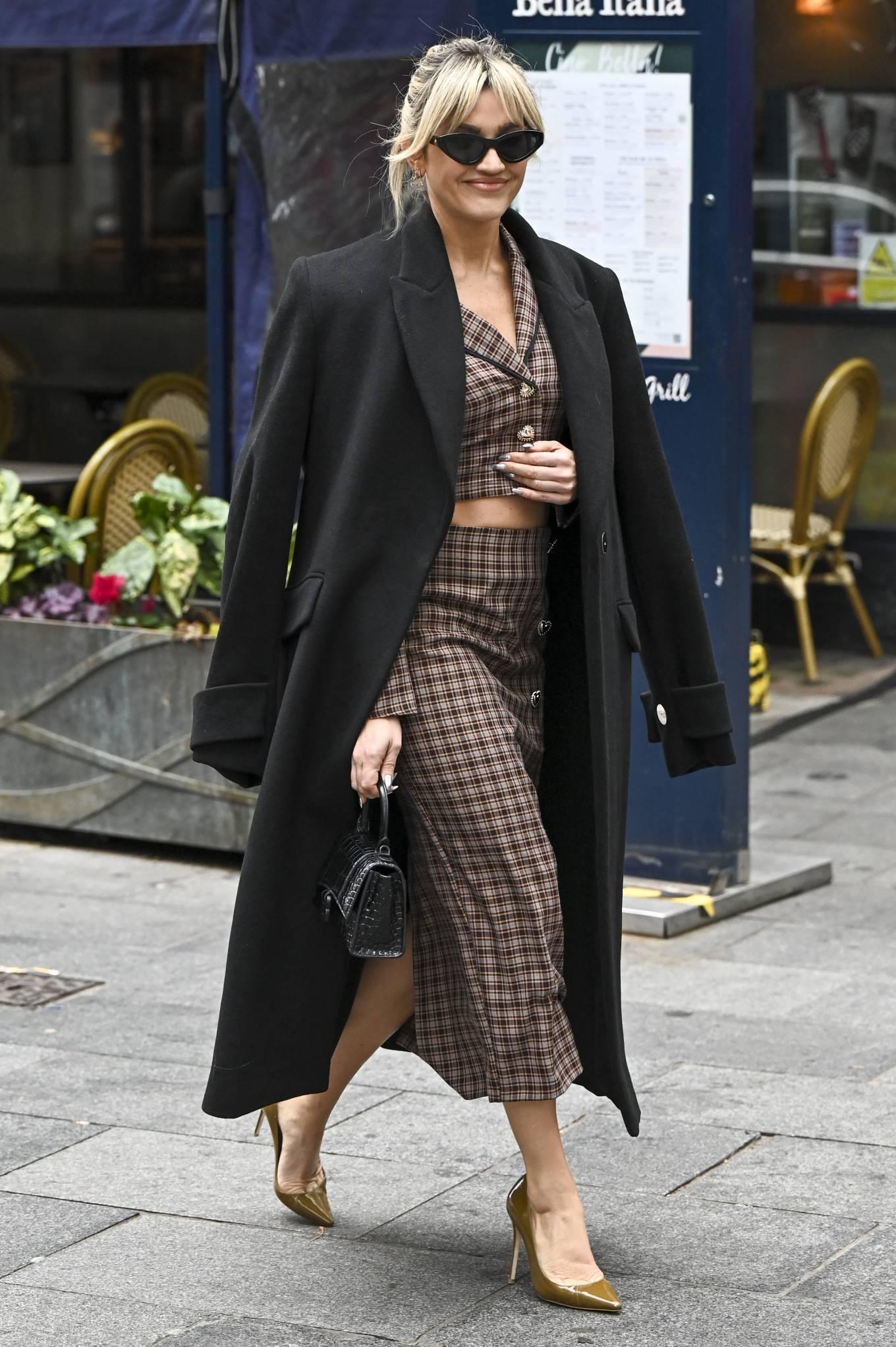 Ashley Roberts 2020 : Ashley Roberts – Seen leaving Global Studios in London-09