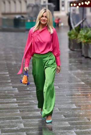 Ashley Roberts - Seen leaving the Global studios after the Heart breakfast show in London