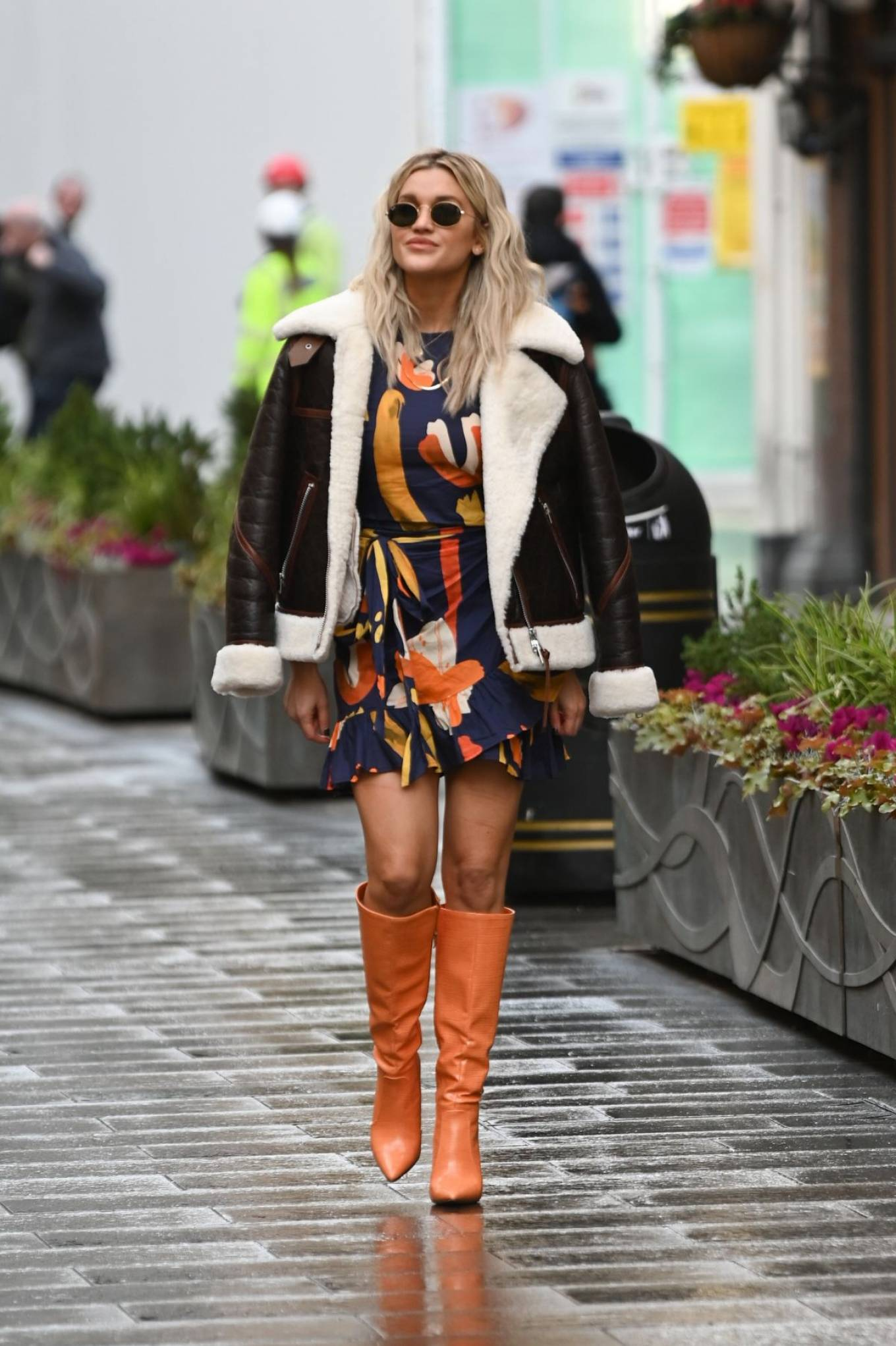 Ashley Roberts 2020 : Ashley Roberts – spotted leaving Heart FM Radio in London -06