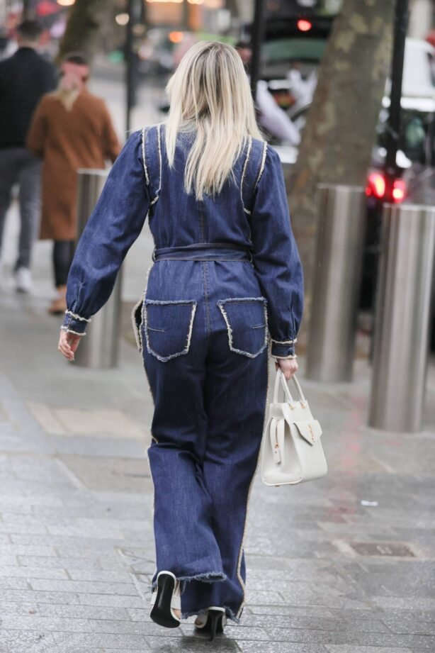 Ashley Roberts - Steps out in denim from Herat radio in London