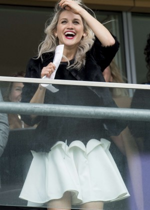 Ashley Roberts - The Prince's Countryside Fund Raceday in London