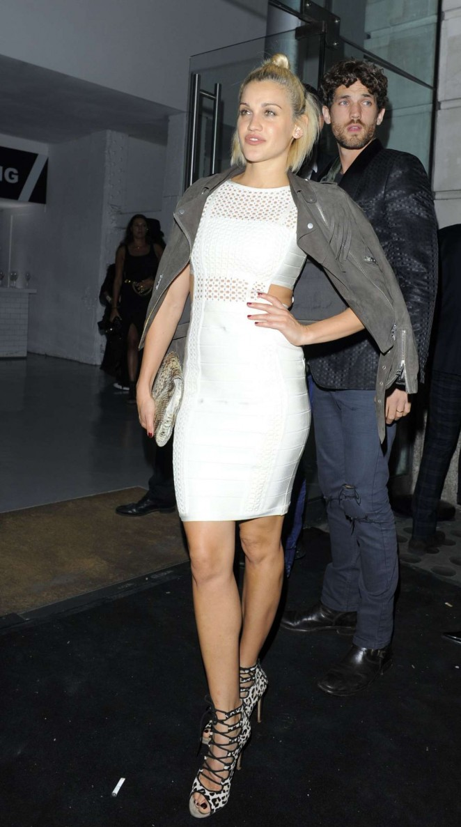 Ashley Roberts - Versus By Versace Fashion Show in London