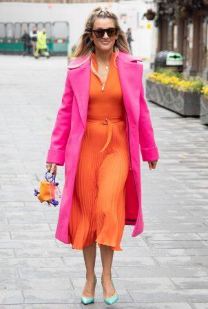 Ashley Roberts - Wearing Karen Millen dress after the Heart Radio Breakfast Show in London