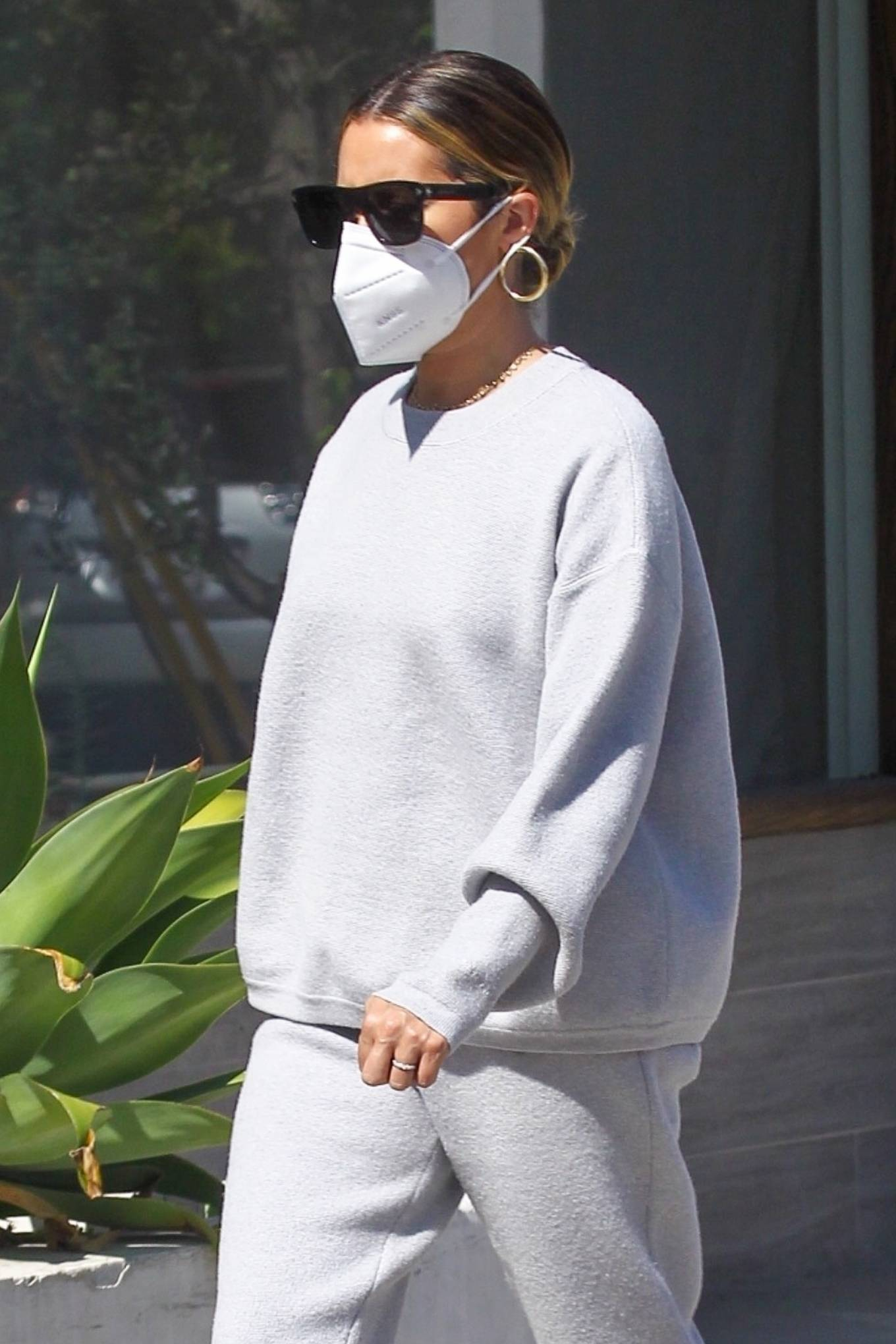 Ashley Tisdale 2020 : Ashley Tisdale – All in gray while out shopping in Beverly Hills-01