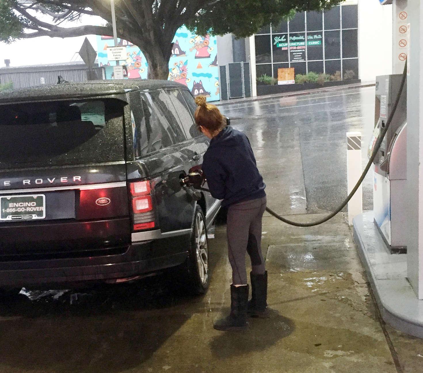 Ashley Tisdale 2016 : Ashley Tisdale at Gas Station -01