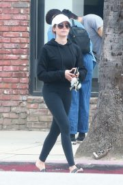 Ashley Tisdale - Gets her nails done in Studio City