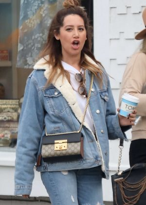 Ashley Tisdale - Grabs coffee with a friend in Venice