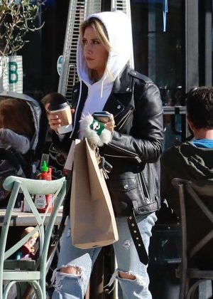 Ashley Tisdale - Grabs lunch in Los Angeles