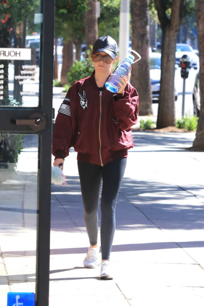 Ashley Tisdale - Hit the gym in LA