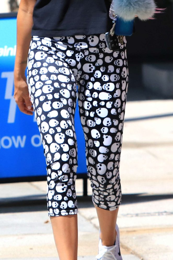 Ashley Tisdale: Hits the gym wearing skull leggings -09