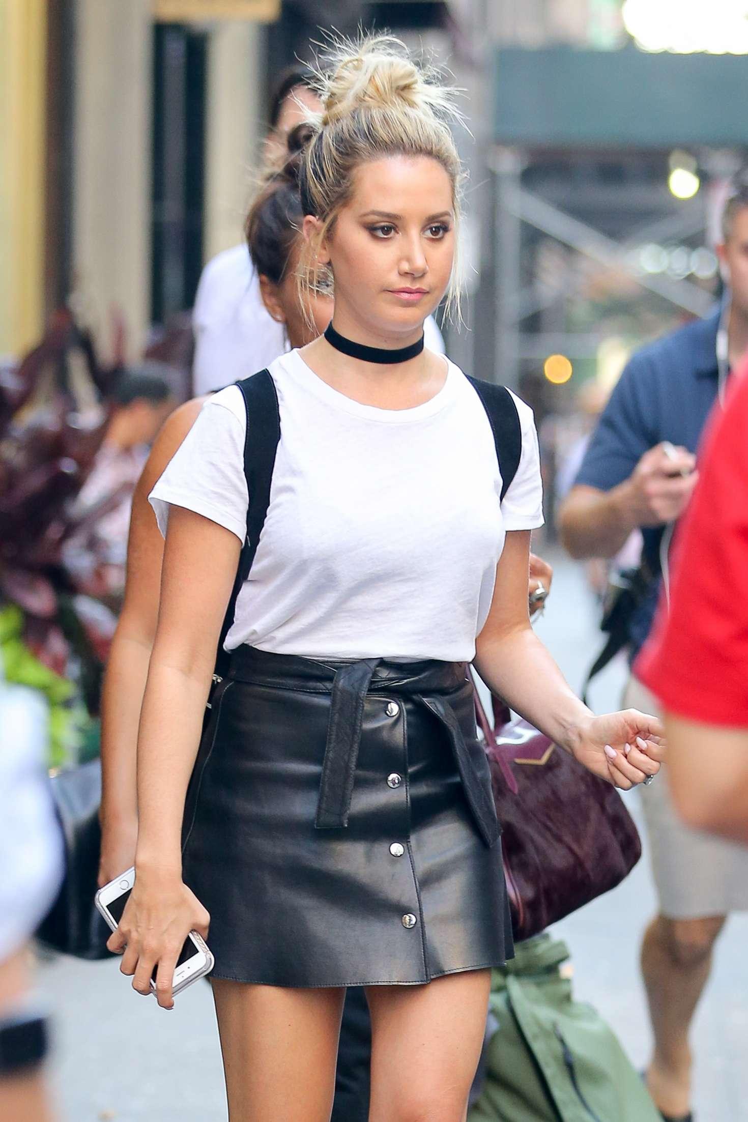 Ashley Tisdale In Mini Skirt 38