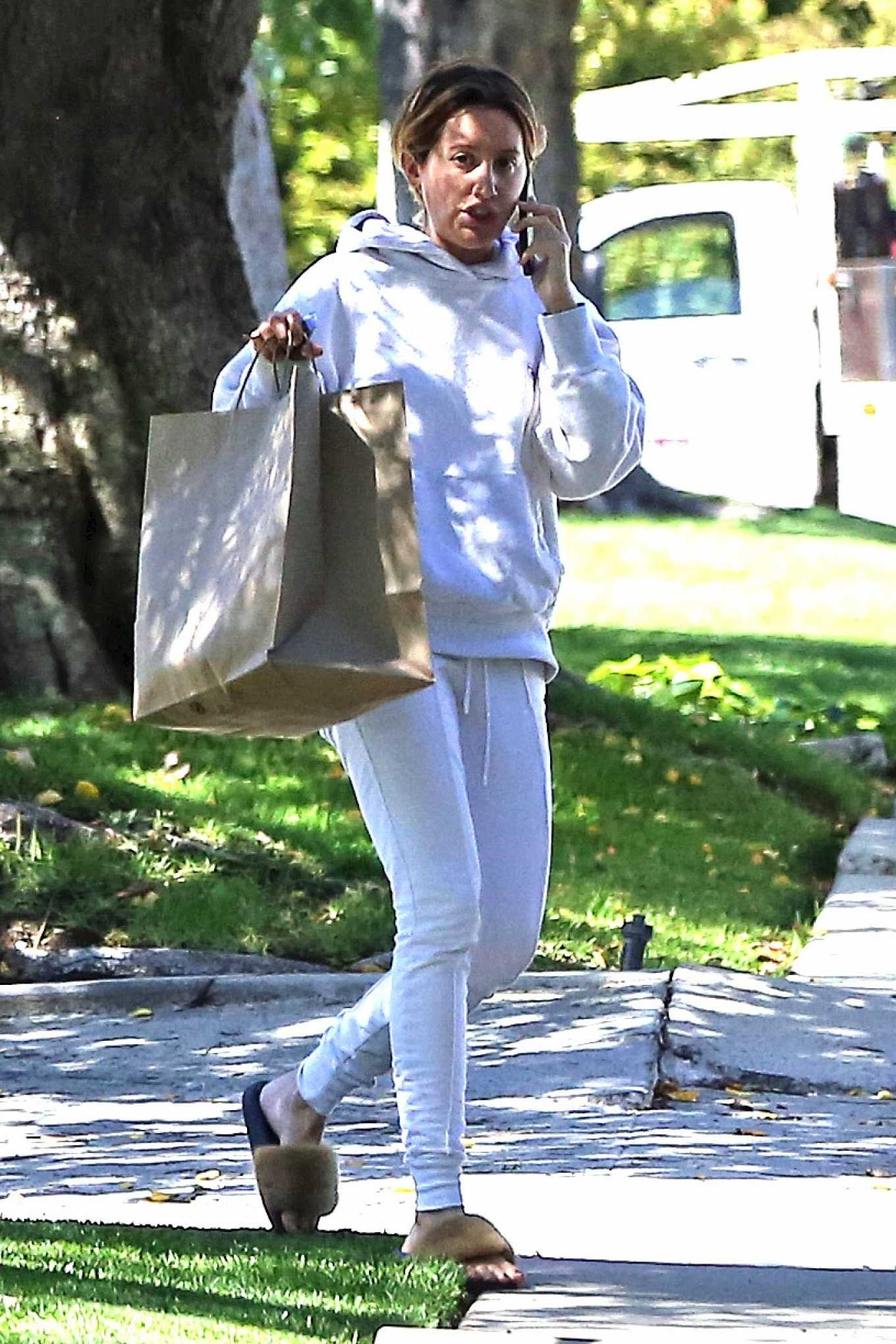 Ashley Tisdale 2020 : Ashley Tisdale – Out in Los Angeles-02