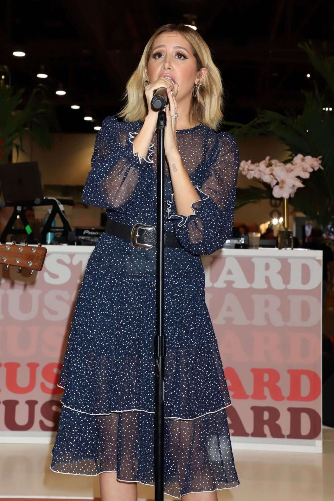 Ashley Tisdale – Performing Live at Fashion Go's Opening Night Happy Hour in Las Vegas