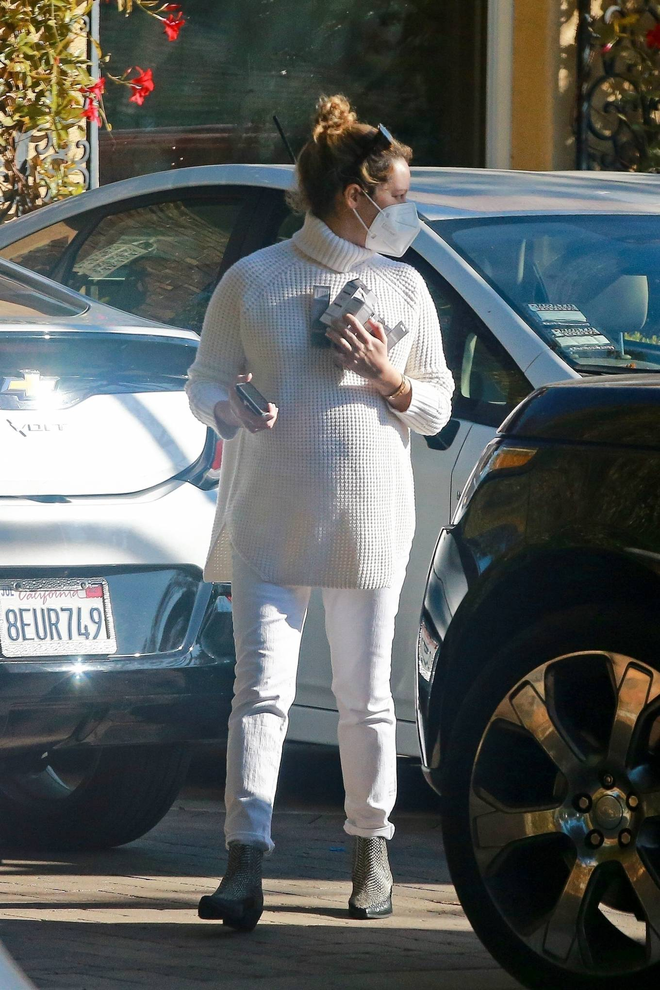 Ashley Tisdale 2020 : Ashley Tisdale – Running errands in Los Angeles-03