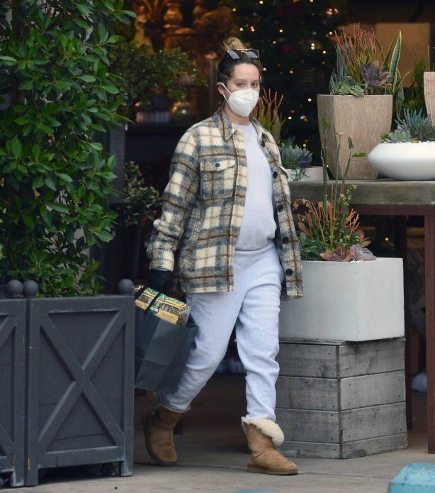 Ashley Tisdale - Seen at rolling greens farm and garden store in Los Angeles