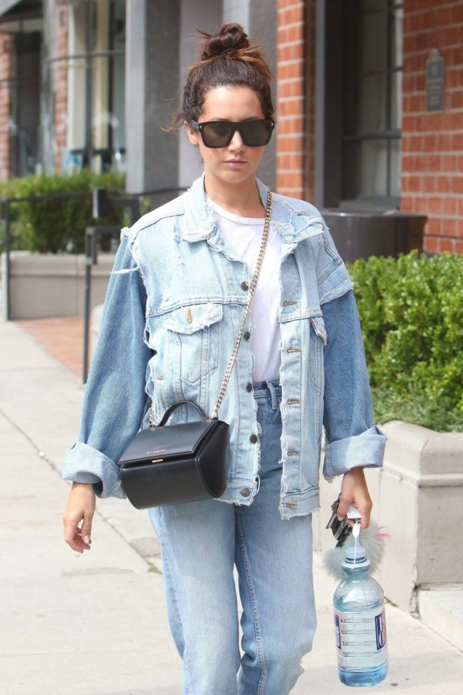 Ashley Tisdale - Seen visited Anastasia Beverly Hills