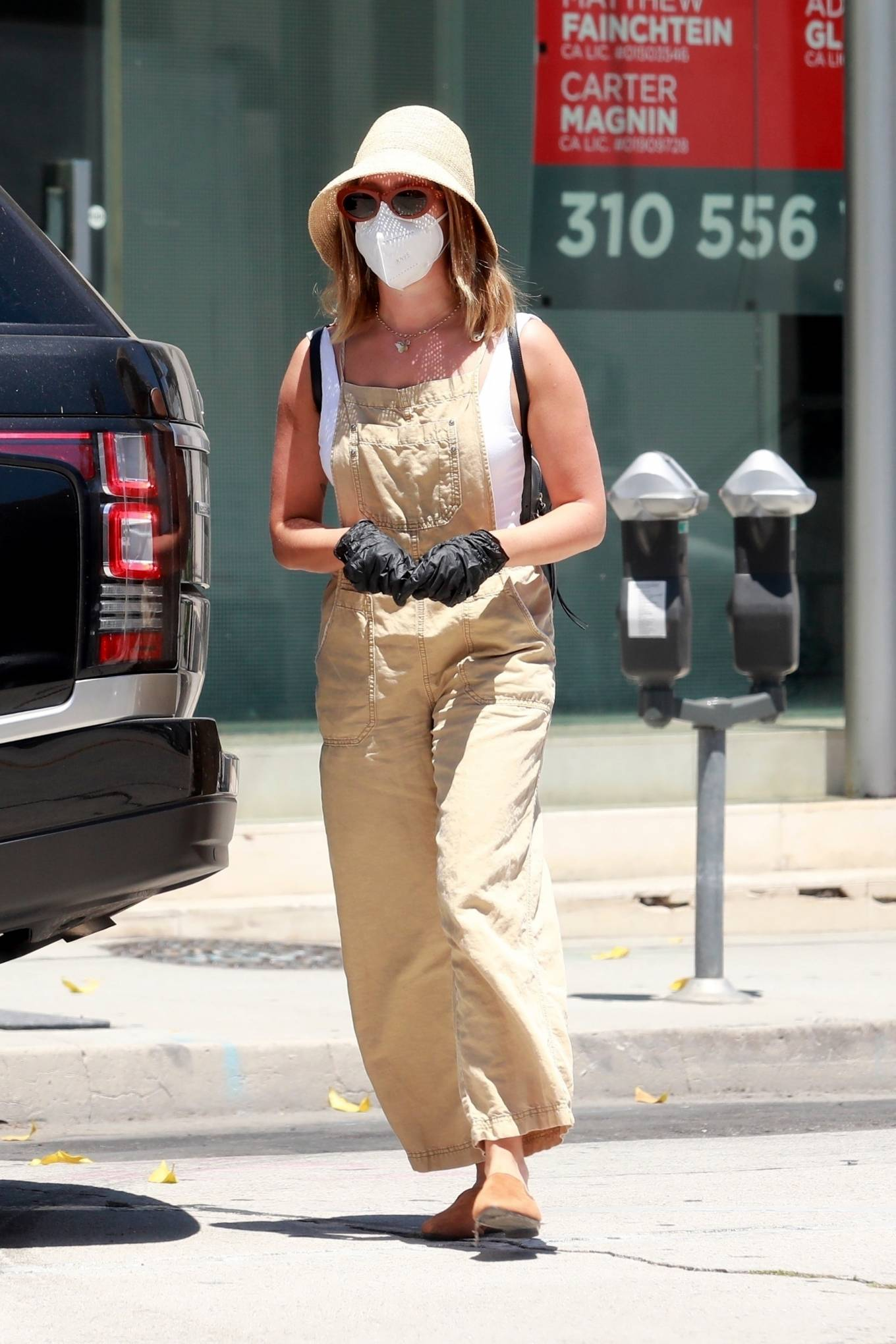 Ashley Tisdale - Shopping candids in Los Angeles