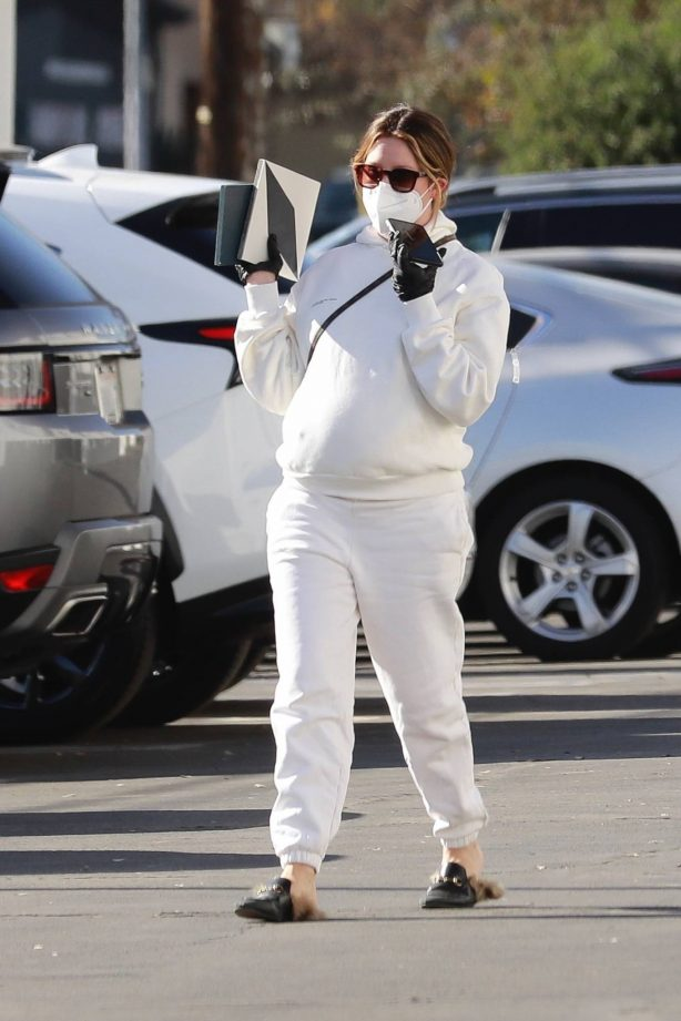 Ashley Tisdale - Shopping candids in Van Nuys