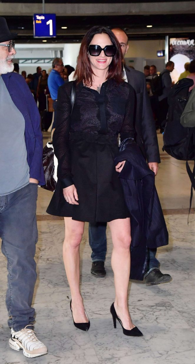 Asia Argento Arriving at Airport in Nice