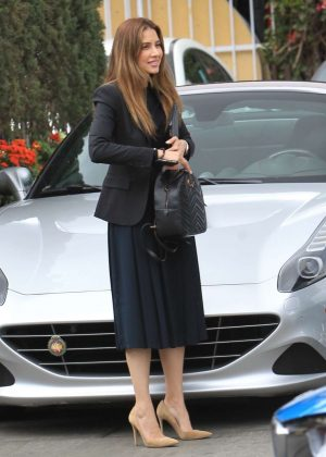 Asifa Mirza - Shopping in Beverly Hills