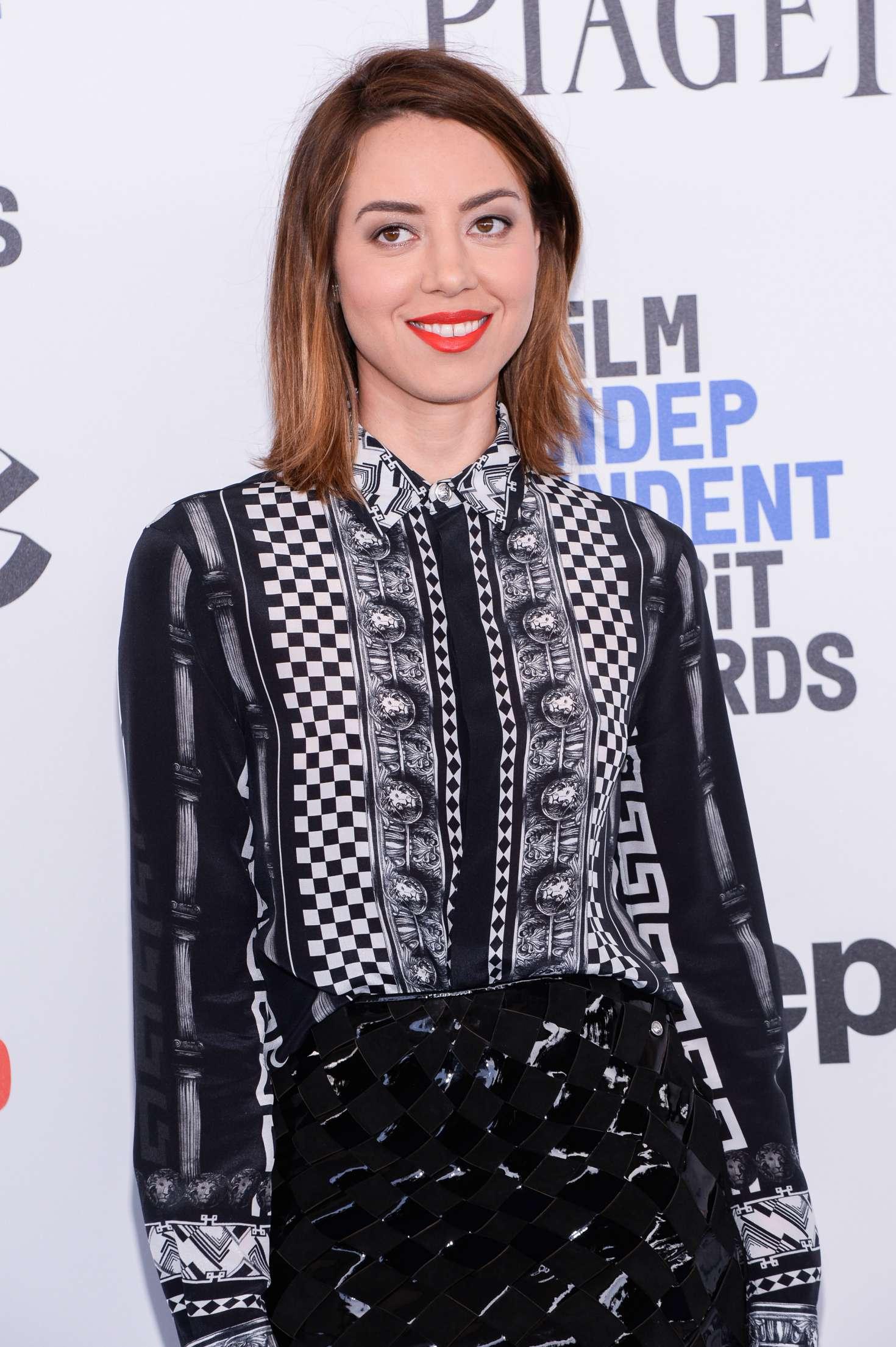 Aubrey Plaza 32nd Film Independent Spirit Awards In