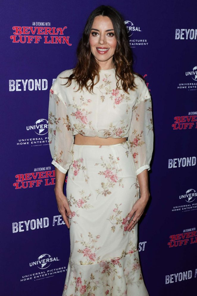 Aubrey Plaza – 'An Evening with Beverly Luff Linn' Premiere in Los Angeles