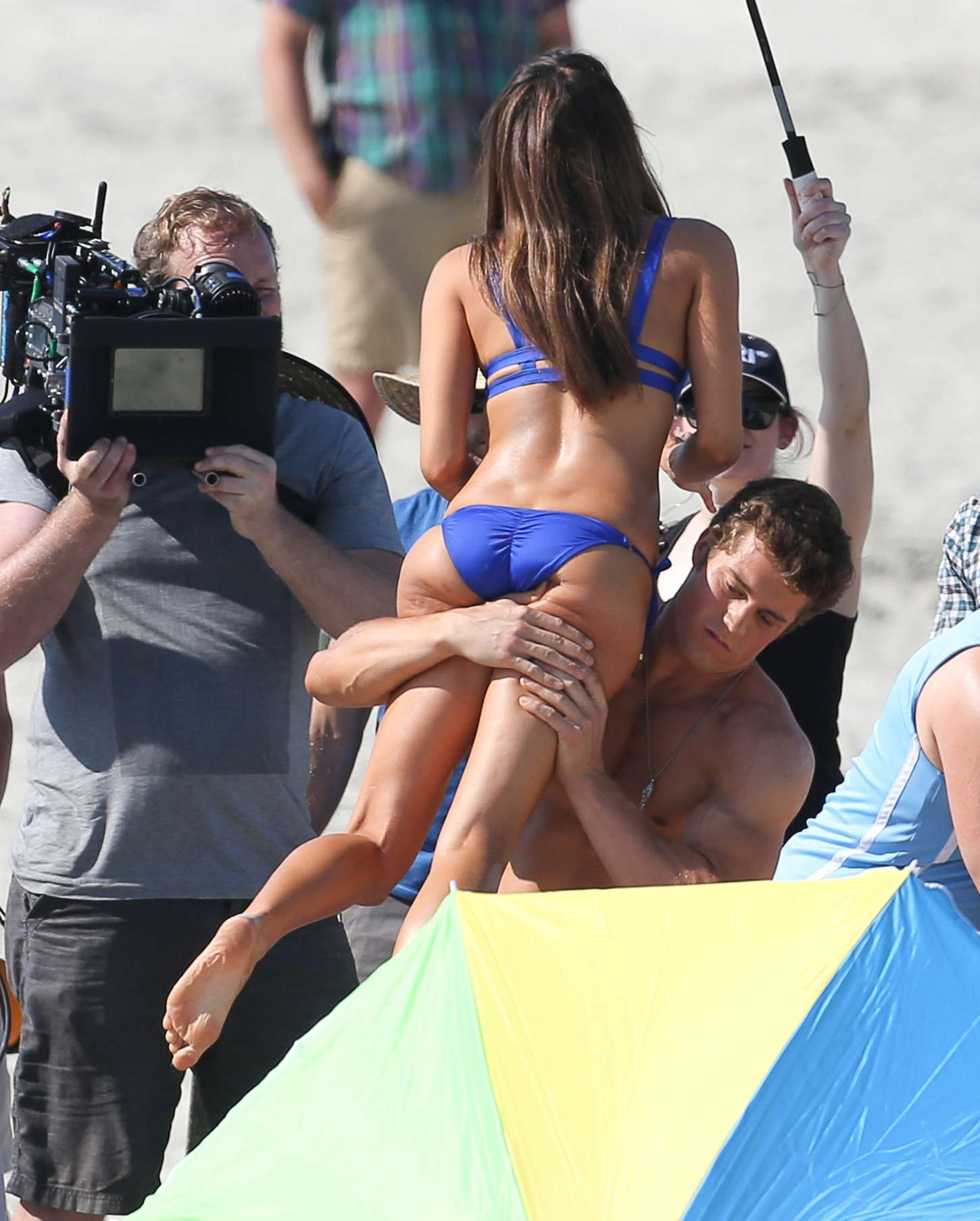 Aubrey Plaza in Bikini on Dirty Grandpa set -19 - GotCeleb