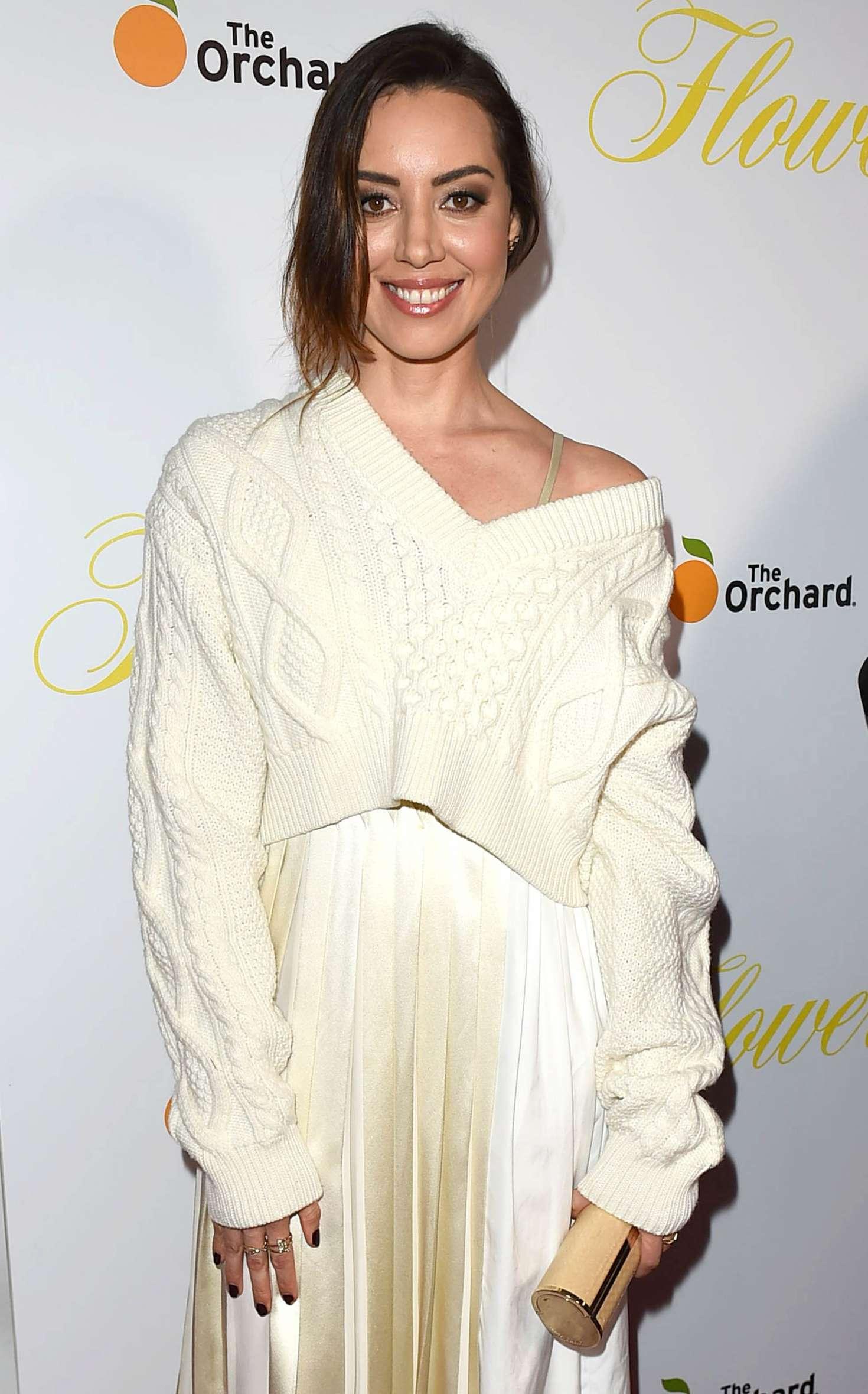 Aubrey Plaza - 'Flower' Premiere in Los Angeles