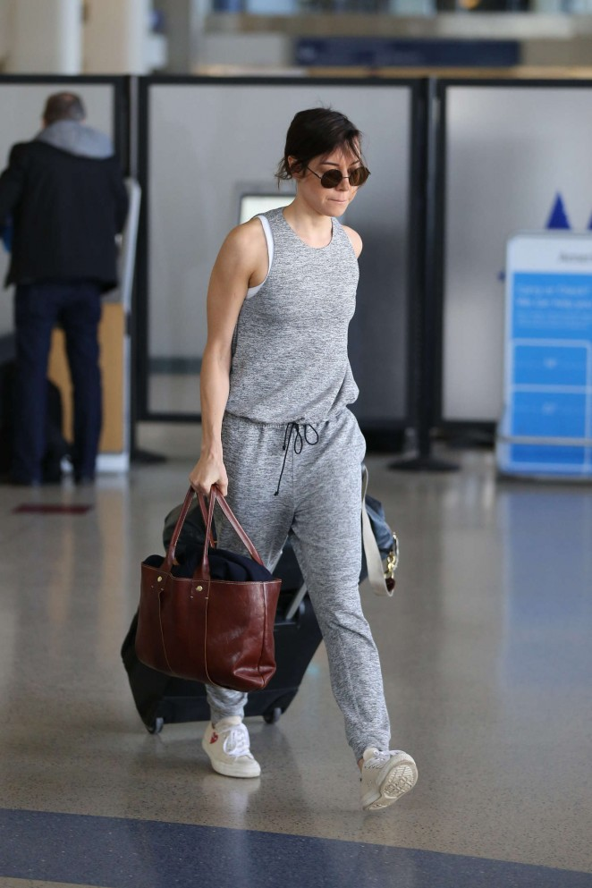 Aubrey Plaza - LAX Airport in LA