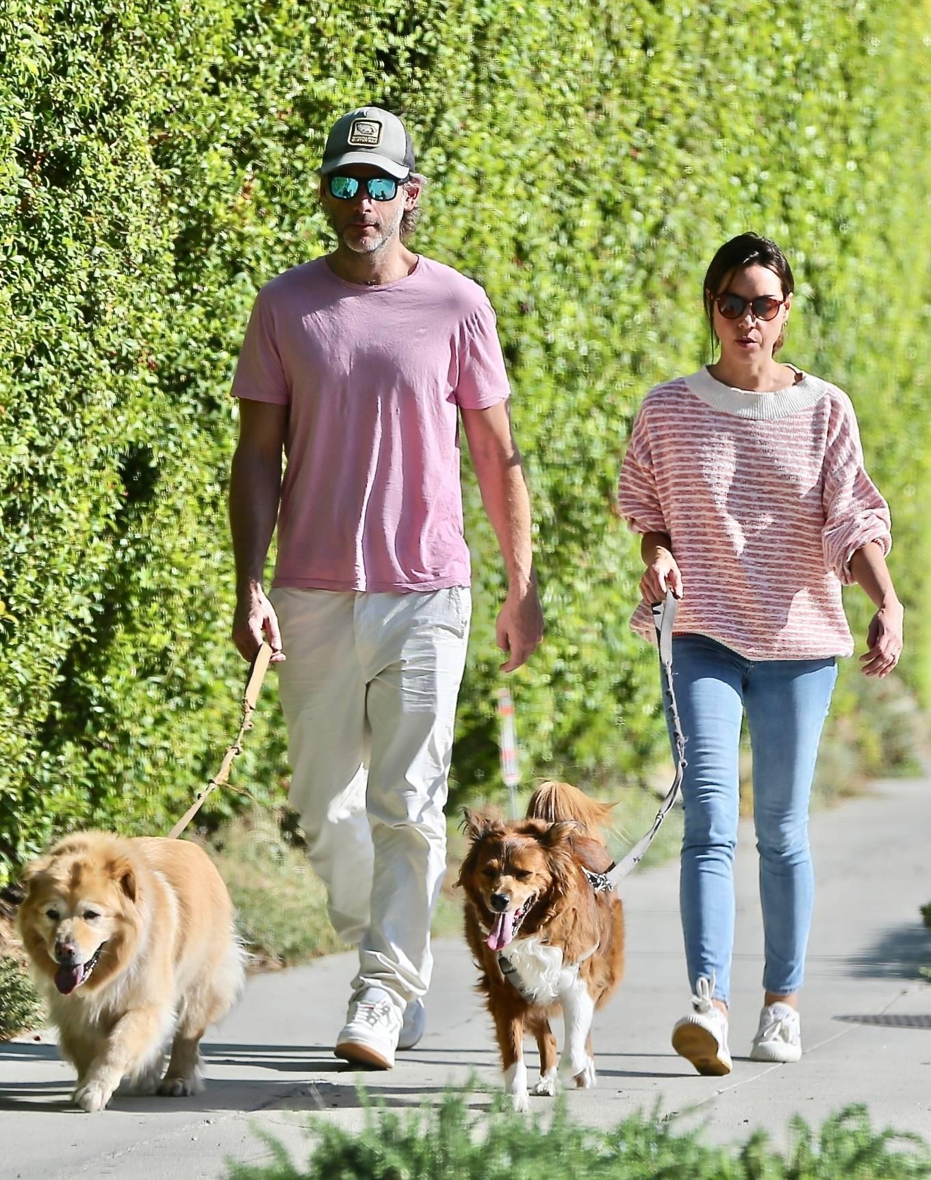 Aubrey Plaza - Walk with her husband Jeff Baena in Los Feliz