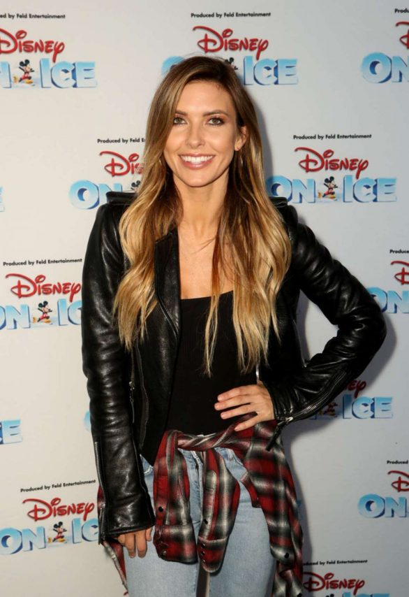 Audrina Patridge - 2019 Disney On Ice: 'Mickey's Search Party' in Los Angeles