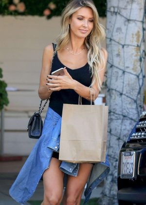 Audrina Patridge - Out in Los Angeles