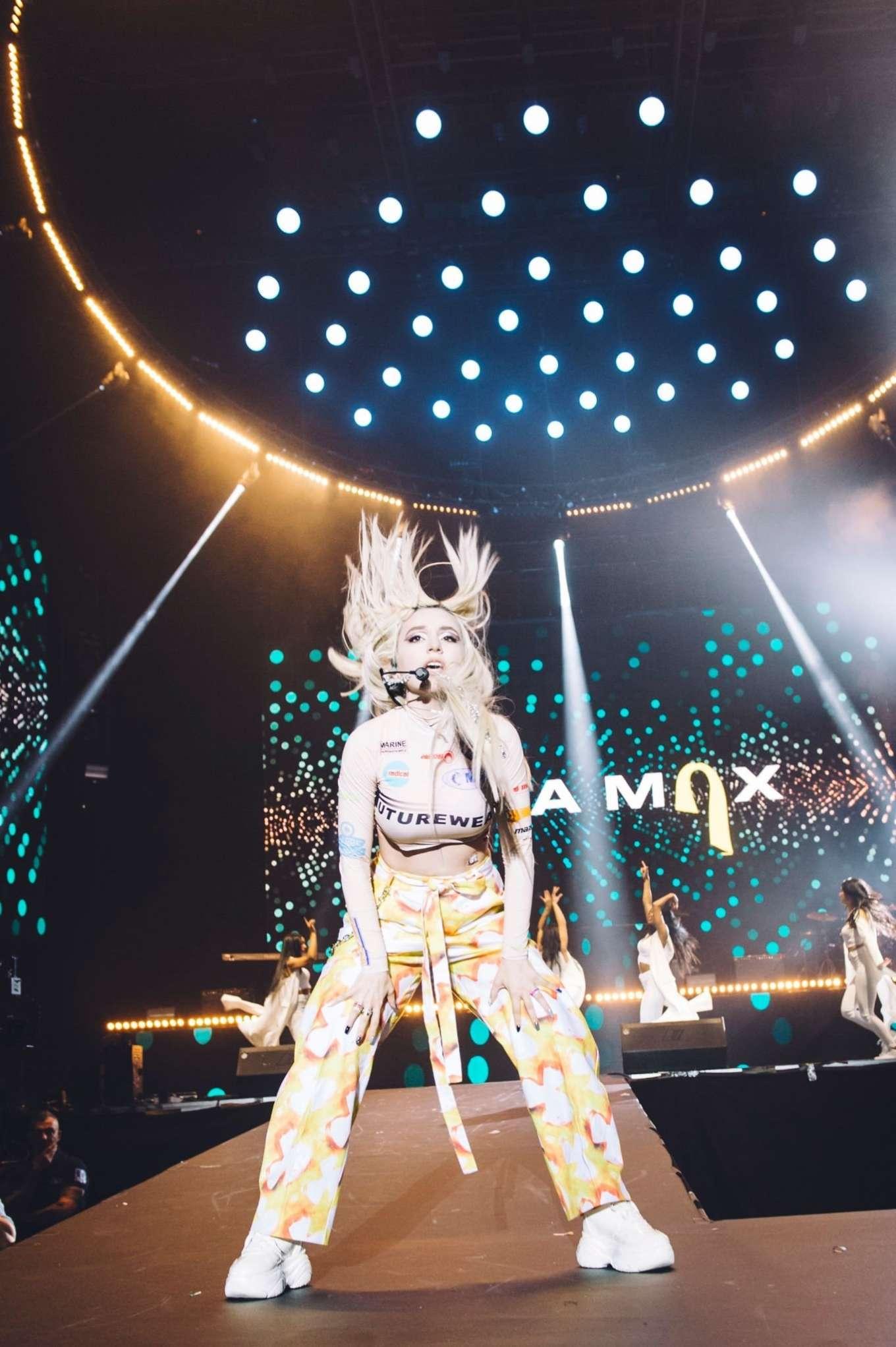 Ava Max 2019 : Ava Max: LOS40 Primavera Pop Festival 2019-09