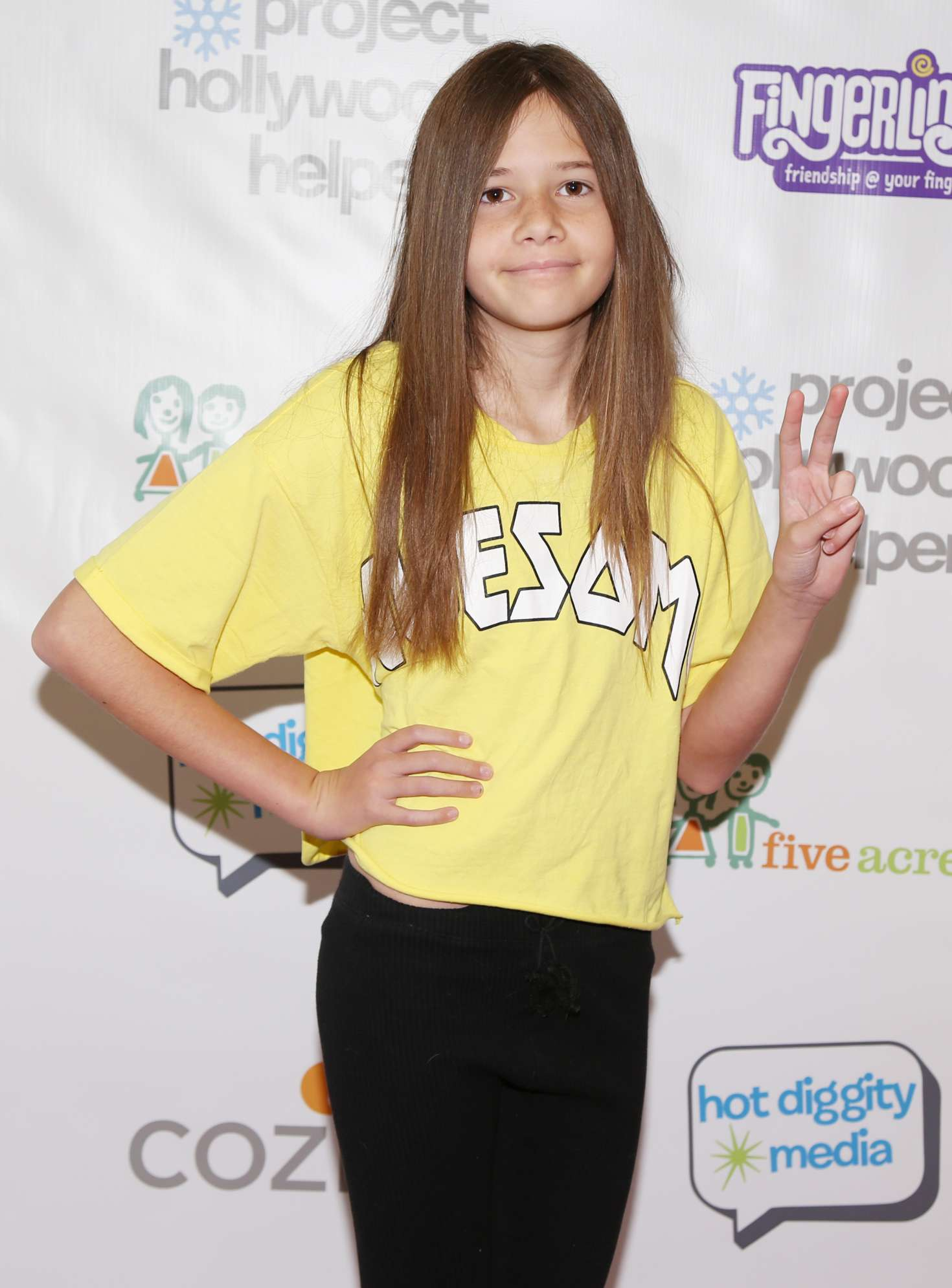 Avery Hand - Project Hollywood Helpers Event in Los Angeles